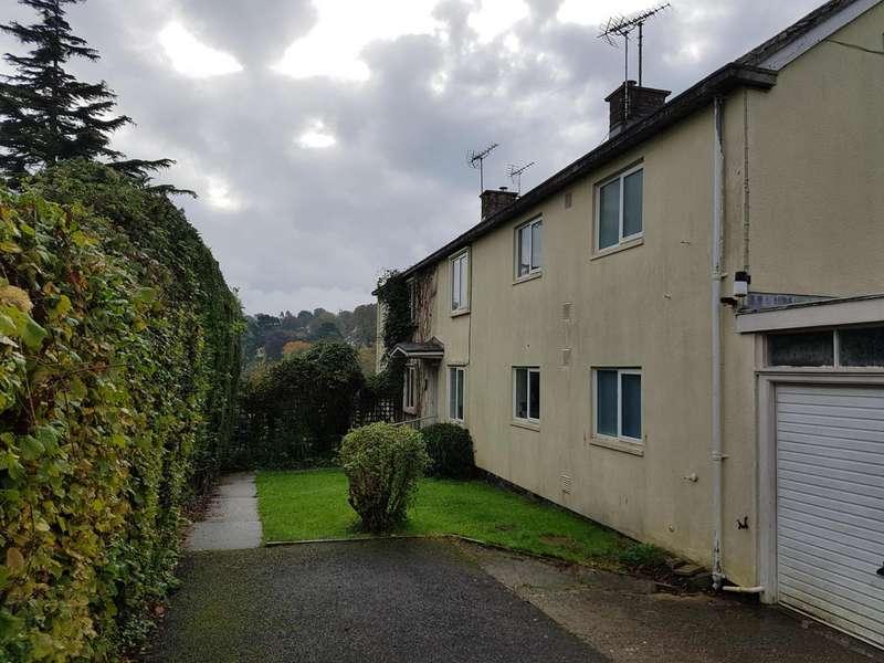 2 Bedrooms Flat for rent in Rhode Lane, Lyme Regis