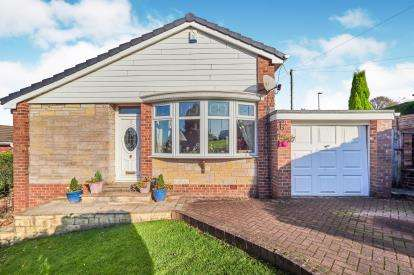 3 Bedrooms Bungalow for sale in Gloucester Rise, Dukinfield, Greater Manchester, United Kingdom