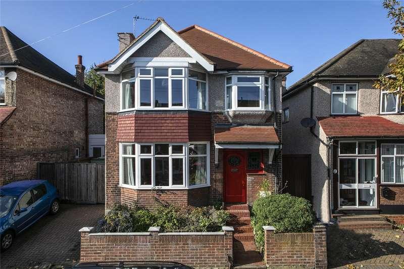 4 Bedrooms Detached House for sale in Waddon Park Avenue, Croydon