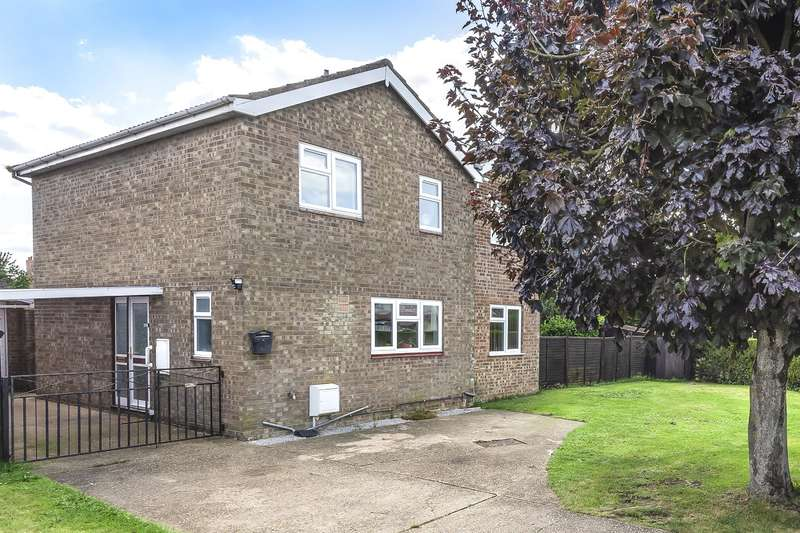 4 Bedrooms Detached House for sale in Hoplands Road, Coningsby, Lincoln, Lincs, LN4 4UE