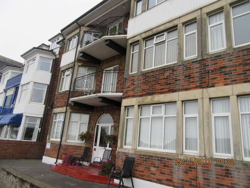 2 Bedrooms Flat for rent in North Parade, Skegness, PE25 2UB