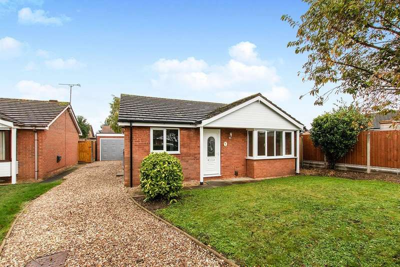 2 Bedrooms Detached Bungalow for sale in Kirmington Close, Lincoln, LN6