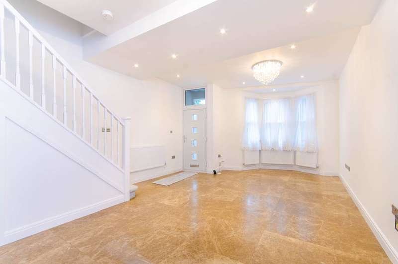5 Bedrooms House for sale in Havant Road, Walthamstow, E17