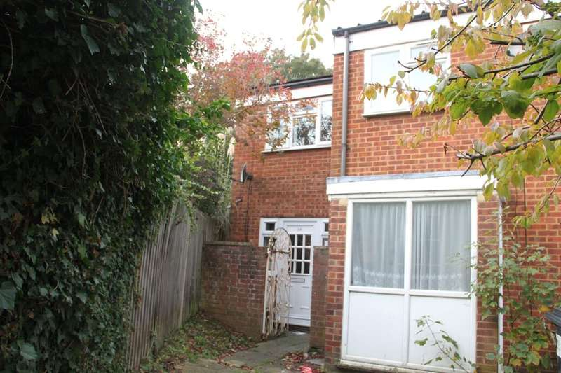 2 Bedrooms Property for sale in Minster Way, Slough, SL3