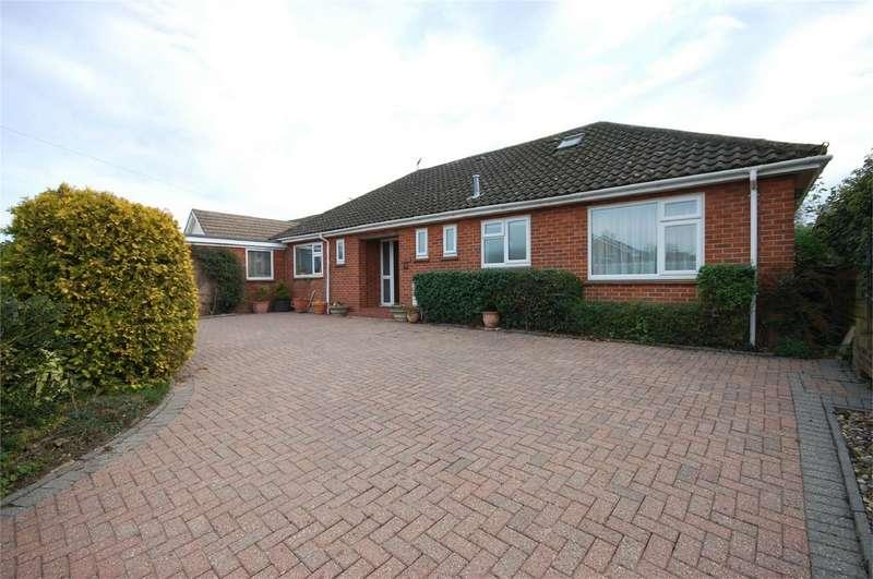 3 Bedrooms Detached Bungalow for sale in Windsor Road, Aylesbury, Buckinghamshire