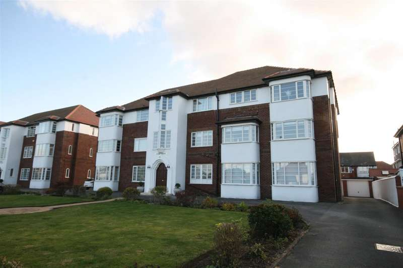 1 Bedroom Flat for sale in Kings Court, Clifton Drive Sth, Lytham St Annes