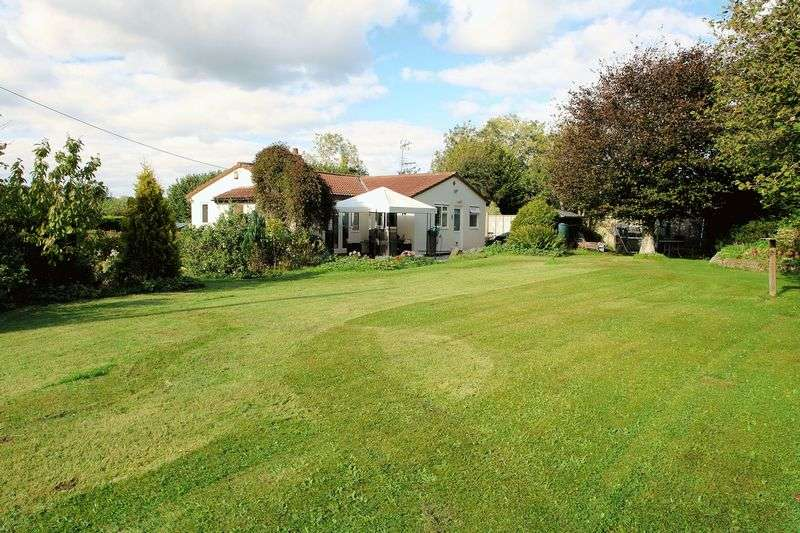 2 Bedrooms Property for sale in The Batch Downside, Backwell