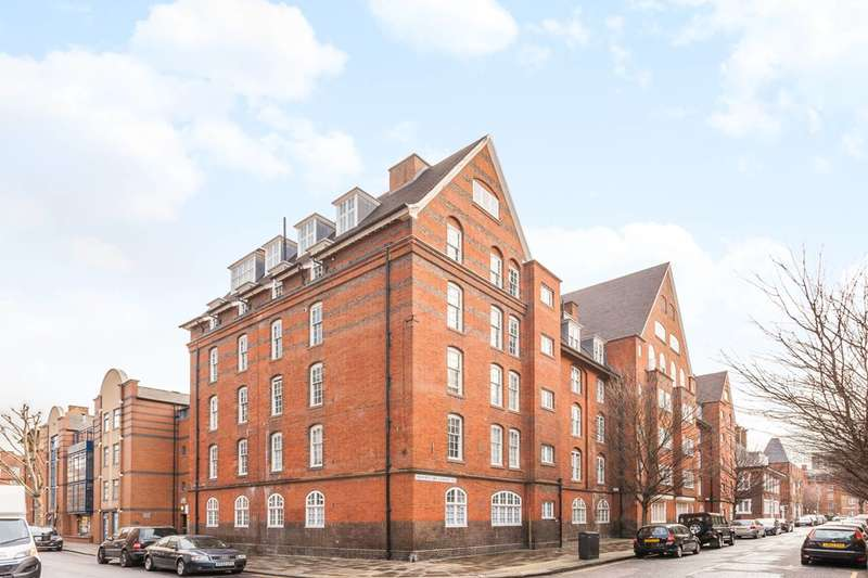 3 Bedrooms Flat for sale in Montclare Street, Shoreditch, E2