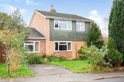 4 Bedrooms Detached House for sale in Titchfield Common, Fareham, Hampshire