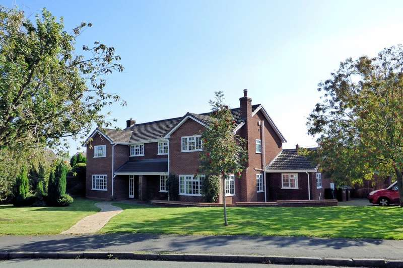 6 Bedrooms Detached House for sale in Fallowfield Drive, Barton Under Needwood