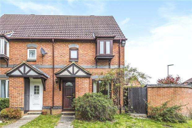 1 Bedroom Terraced House for sale in Dairymans Walk, Guildford, Surrey