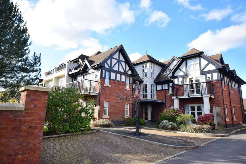 3 Bedrooms Apartment Flat for sale in Links Gate, Lytham St Annes, FY8