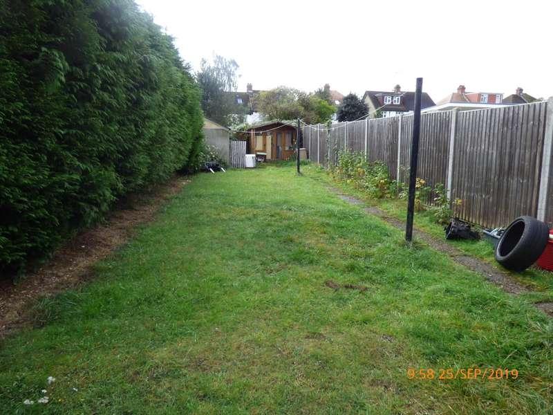 3 Bedrooms Semi Detached House for rent in Graham Gardens