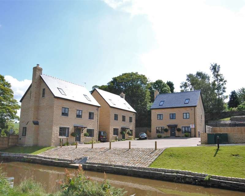 5 Bedrooms Detached House for rent in The Moorings, Hurst Lane, Bollington, Macclesfield
