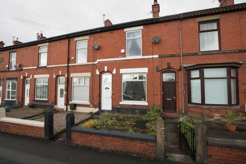 2 Bedrooms Terraced House for sale in Parr Lane, Hollins