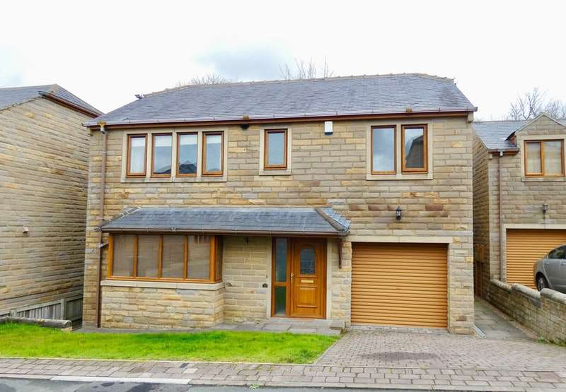 4 Bedrooms Detached House for sale in Rustless Close, Cleckheaton, West Yorkshire, BD19