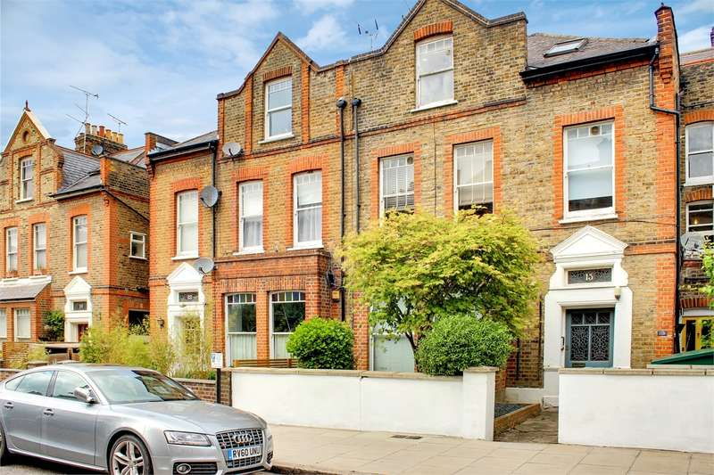 2 Bedrooms Flat for sale in Ridge Road, Crouch End, London