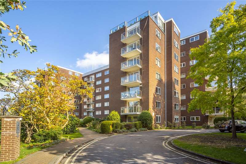 2 Bedrooms Flat for sale in Minster Court, 28 Hillcrest Road, Ealing, W5