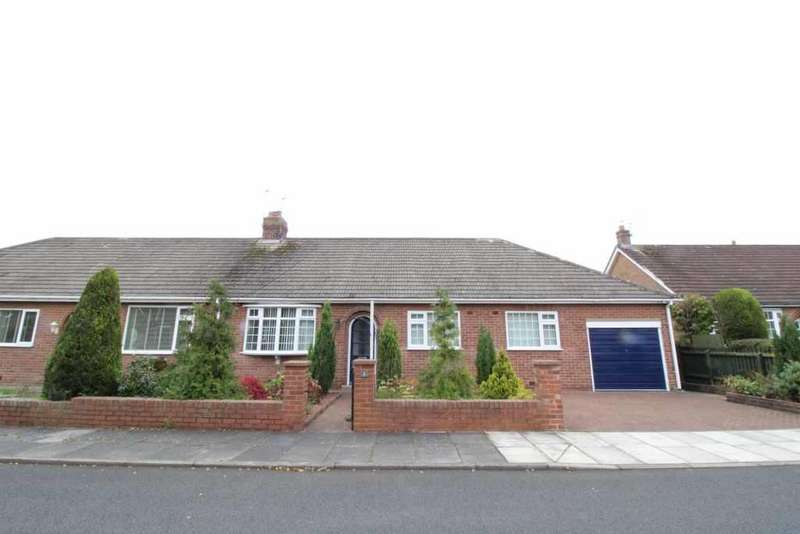 3 Bedrooms Semi Detached Bungalow for sale in Hollywell Grove, Woolsington, Newcastle Upon Tyne