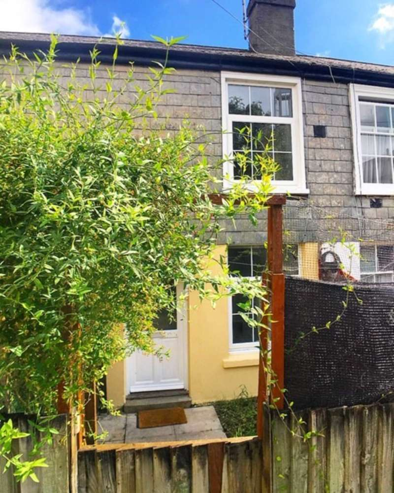 1 Bedroom Terraced House for sale in Plymouth Road, Buckfastleigh