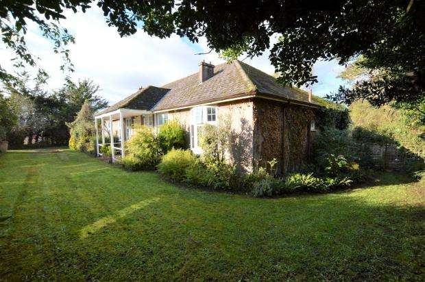 4 Bedrooms Detached Bungalow for sale in Rocky Park Road, Plymouth, Devon