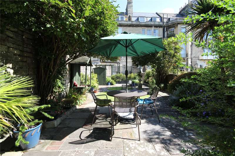 2 Bedrooms Apartment Flat for sale in Queens Parade, Bath, BA1