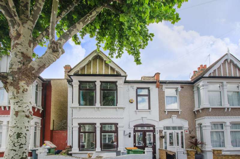 3 Bedrooms House for sale in Lichfield Road, East Ham, E6