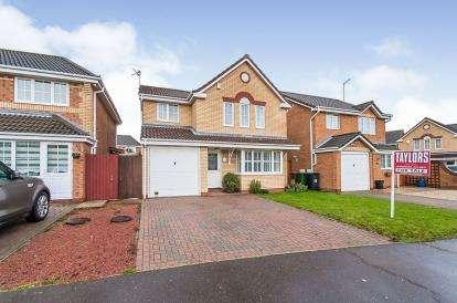 4 Bedrooms Detached House for sale in Belton Road, Park Farm, Peterborough, Cambridgeshire