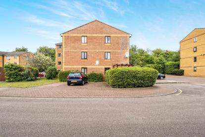 1 Bedroom Flat for sale in West Ham, London, England
