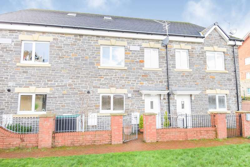 3 Bedrooms Terraced House for sale in Clos Cae Nant, Cwmbran, NP44
