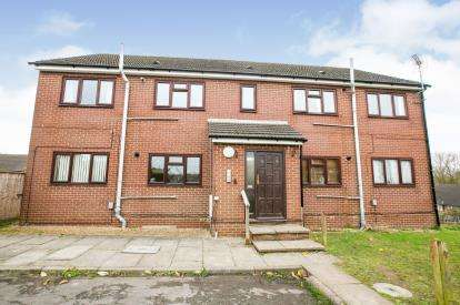 2 Bedrooms Flat for sale in Moreton Road North, Luton, Bedfordshire, England