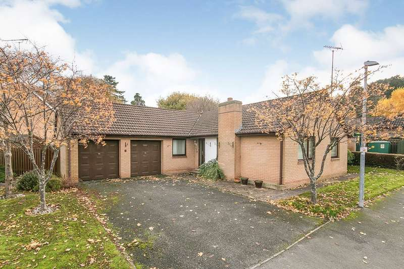 3 Bedrooms Detached Bungalow for sale in Bryn Castell, Abergele, Clwyd, LL22
