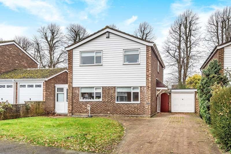 4 Bedrooms Detached House for sale in Kestrel Road, Flitwick, MK45
