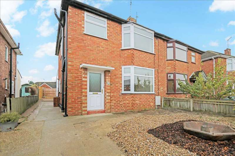 3 Bedrooms Semi Detached House for sale in Clive Avenue, Lincoln