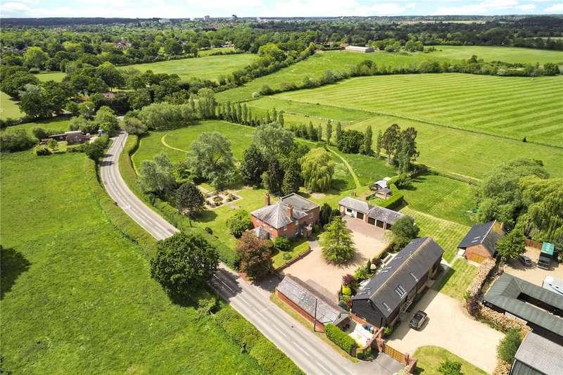 5 Bedrooms Detached House for sale in Bracknell Road, Warfield, Berkshire, RG42