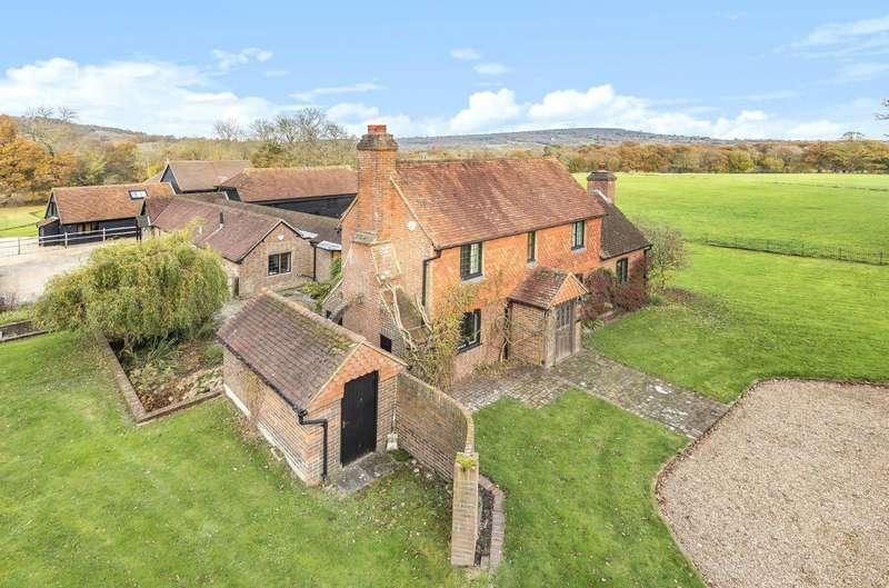 4 Bedrooms Detached House for sale in Coophurst Lane, Ewhurst