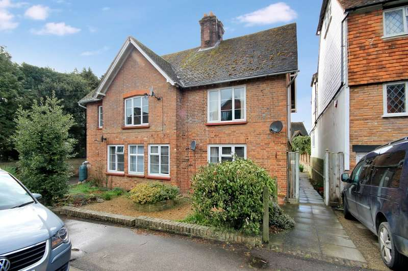 1 Bedroom Ground Flat for sale in School Hill, Lamberhurst
