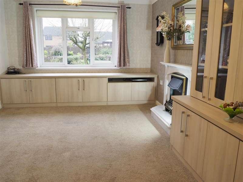 1 Bedroom Property for sale in Lowry Court, Mottram
