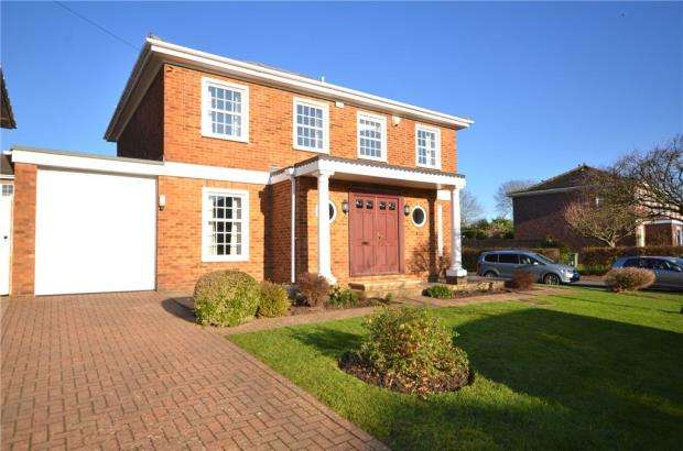 5 Bedrooms Detached House for sale in Chiltern Road, Maidenhead, Berkshire