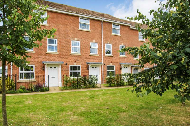 4 Bedrooms Town House for sale in Blenheim Road, Leighton Buzzard