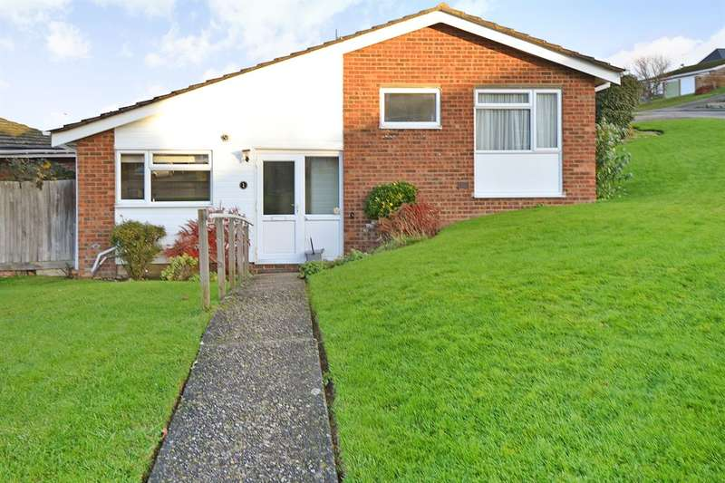 2 Bedrooms Detached Bungalow for sale in Kingfisher Close, Whitstable