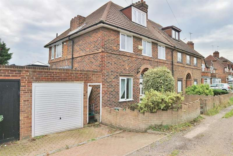 5 Bedrooms Semi Detached House for sale in Iron Mill Lane, Crayford, Kent, DA1 4RR
