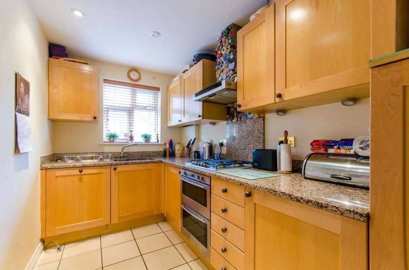 4 Bedrooms Terraced House for sale in The Rye, Southgate, N11, Southgate, N14
