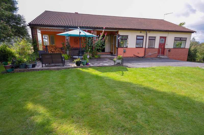 3 Bedrooms Detached Bungalow for sale in COPPICE ROAD, POYNTON