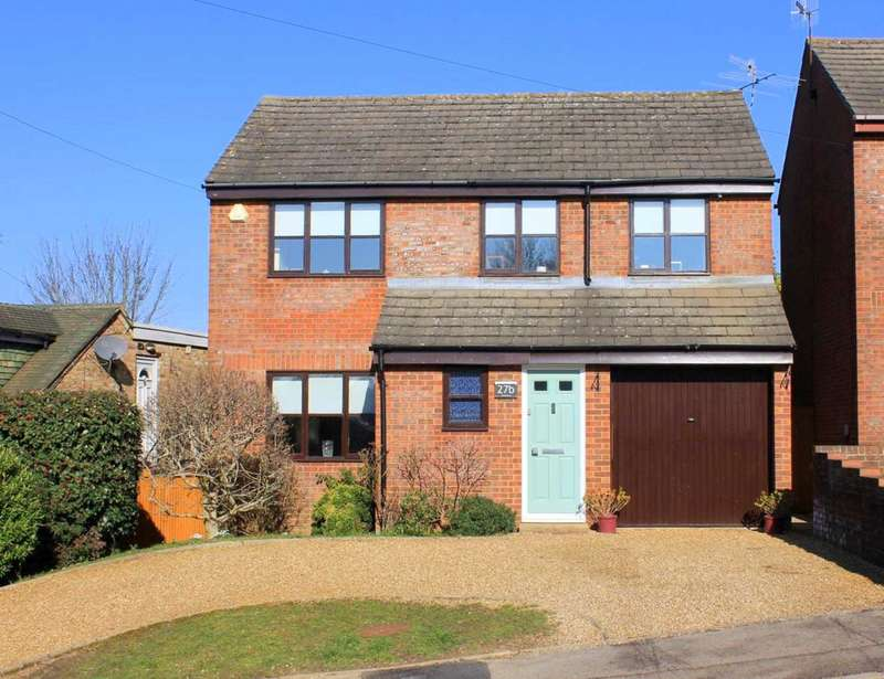4 Bedrooms Detached House for sale in DETACHED & IN EXCELLENT ORDER CLOSE TO TOWN CENTRE & AMENITIES