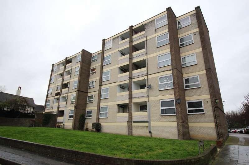 1 Bedroom Apartment Flat for sale in Wallis Park, Northfleet, Gravesend, Kent, DA11