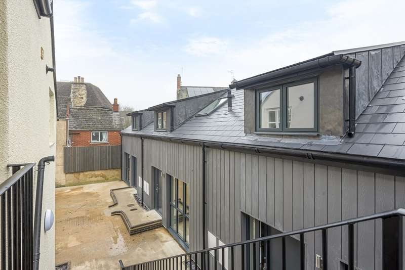 1 Bedroom Town House for sale in Lewis Lane, Cirencester
