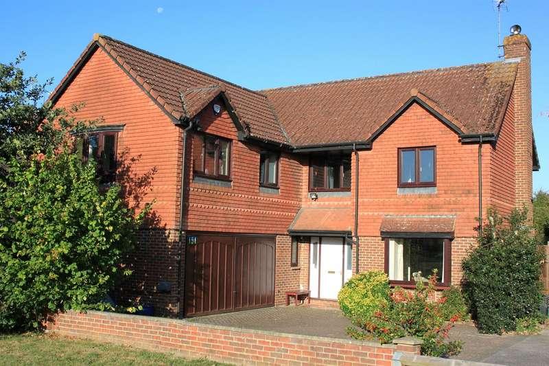 5 Bedrooms Detached House for sale in Woodward Close, Winnersh, Wokingham, Berkshire, RG41