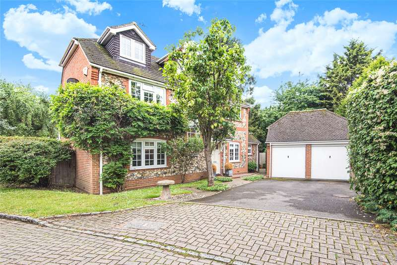 5 Bedrooms House for sale in Buttercup Close, Wokingham, Berkshire, RG40