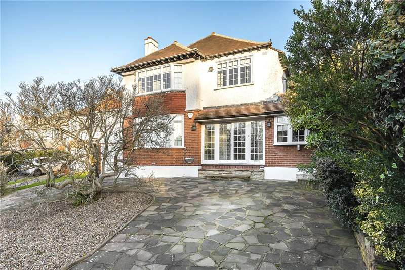 3 Bedrooms Detached House for sale in Cuckoo Hill Road, Pinner, Middlesex, HA5